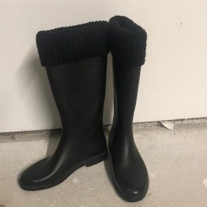 Capelli NY Black Cuffed Rainboots